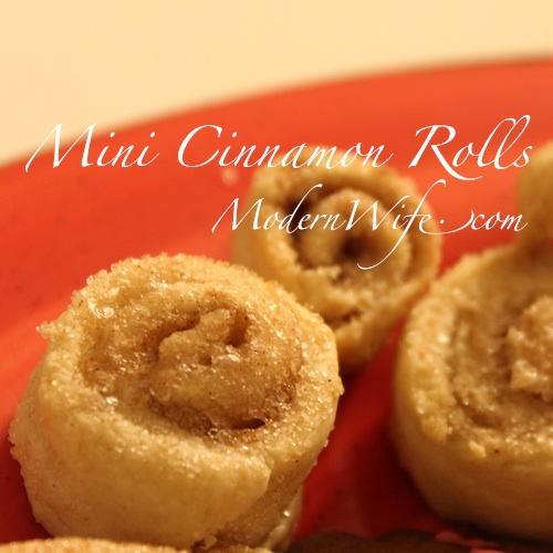 Mini Cinnamon Rolls with extra dough from pie crust